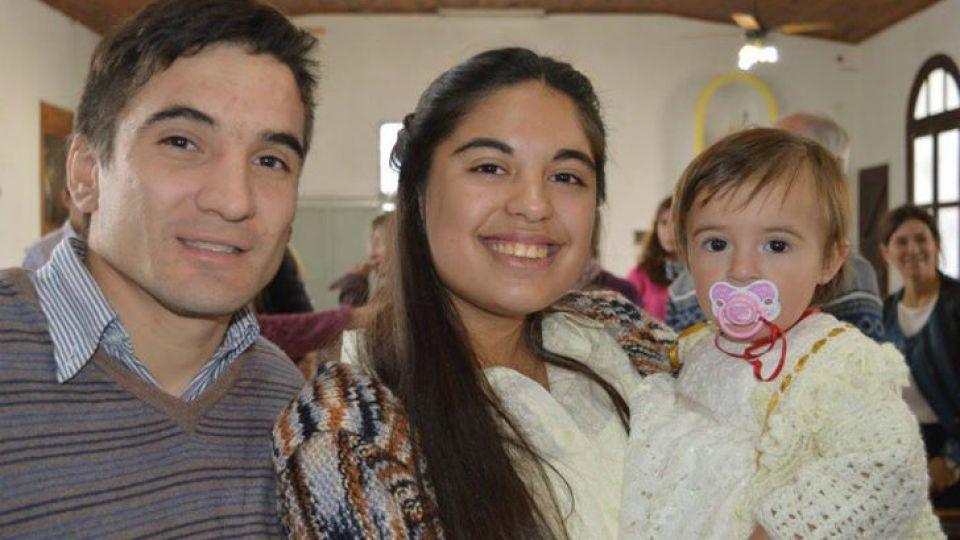 El novio de Micaela, Alejandro, también despidió a la joven en Facebook. Fue la última persona que se comunicó con ella antes de desaparecer.