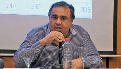 Factores. La economía, esta vez, no explica la crisis, dice Crespo.