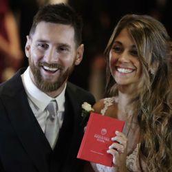 Lionel Messi y Antonela Roccuzzo (2)