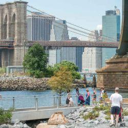 BrooklynBridgePark-Julienne Schaer