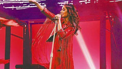 Exito. Vestida por Verónica de la Canal, Tini regresará a Buenos Aires el 14 de octubre tras su gira.