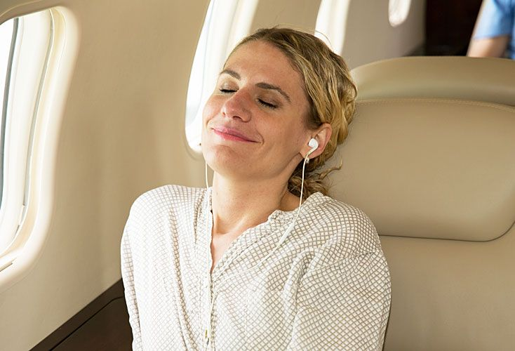 Omm. Air France tiene un plan de mindfulness a bordo. Las apps Headspace y Sky Guru.