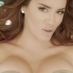 0808_lali_topless_g