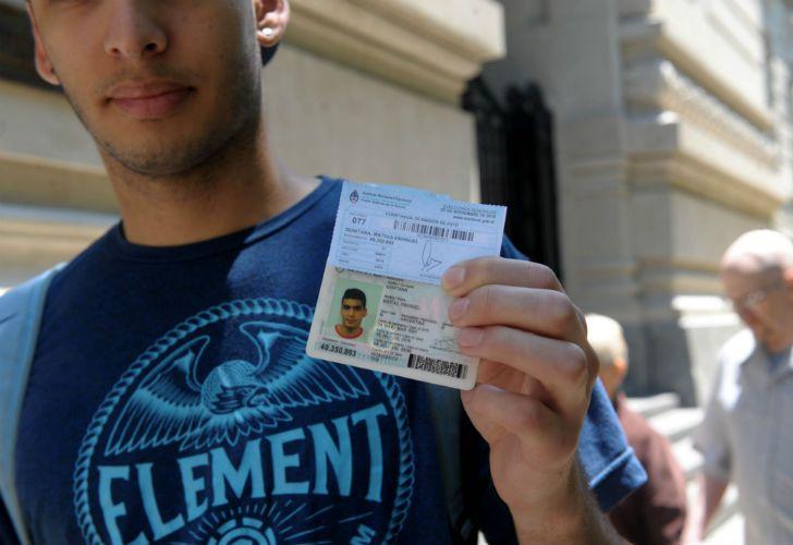 Tenés que saber con qué documento podés ir a votar.