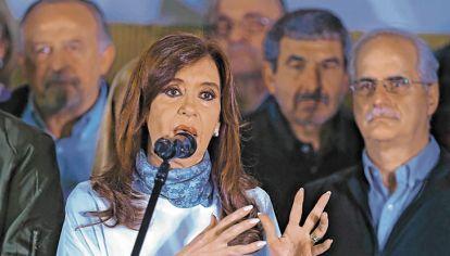 'FUGA CFK'. Si gana la ex presidenta, ven presión al alza de la divisa.