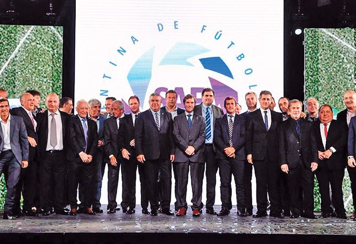 0827_superliga_argentina_presentacion_cedoc_g.jpg