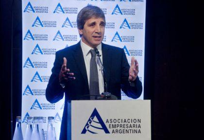Luis Caputo en el Ciclo de Encuentros organizado por la Asociación Empresaria Argentina.