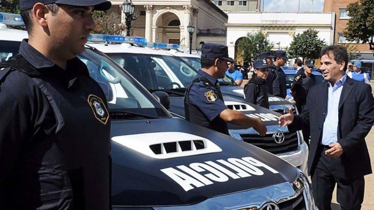 000-policia