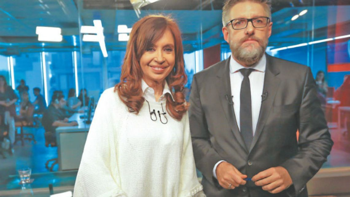 Former president Cristina Fernández de Kirchner and journalist Luis Novaresio.