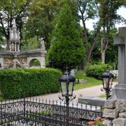 Cementerios_y_cripta_54781914