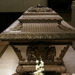 Cementerios_y_cripta_54781914(6)