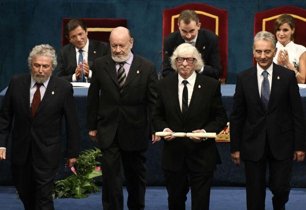 Les Luthiers recibió el premio Princesa de Asturias de Comunicación y Humanidades.