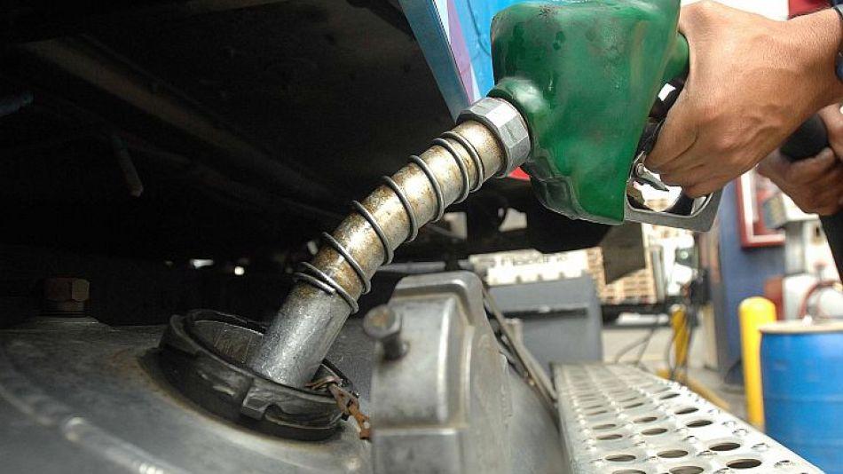 surtidor nafta panorama combustibles aumentos