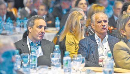MAS QUE GERENTES. Rocca, Galperín y Darío Werthein. Marcos y Alejandro Bulgheroni, primera fila.