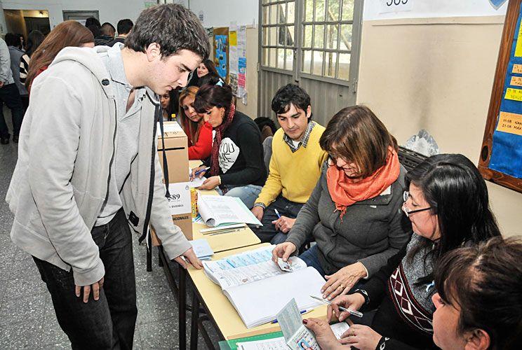 Padrón. Se puede chequear online el lugar de votación en el Registro Nacional de Electores.