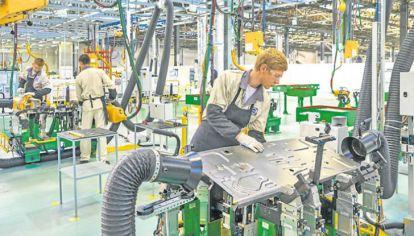 Mejorar la productividad del país es un desafío de la sociedad, no sólo del gobierno.