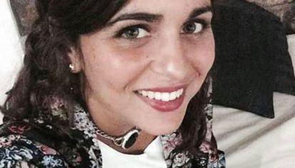 Grave. Victoria Gómez (23) está inmóvil y con daño muscular.