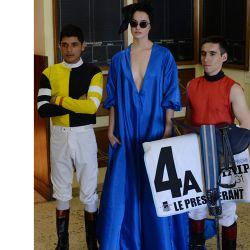 7b-gran-premio-nacional-la-modelo-camila-macias-con-los-jockeys-brian-enrique-y-wilson-moreyra-ganador-del-gp-nacional