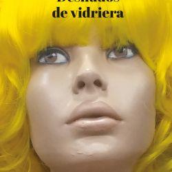 sietecase-desnudos-de-vidriera-reservoir-books