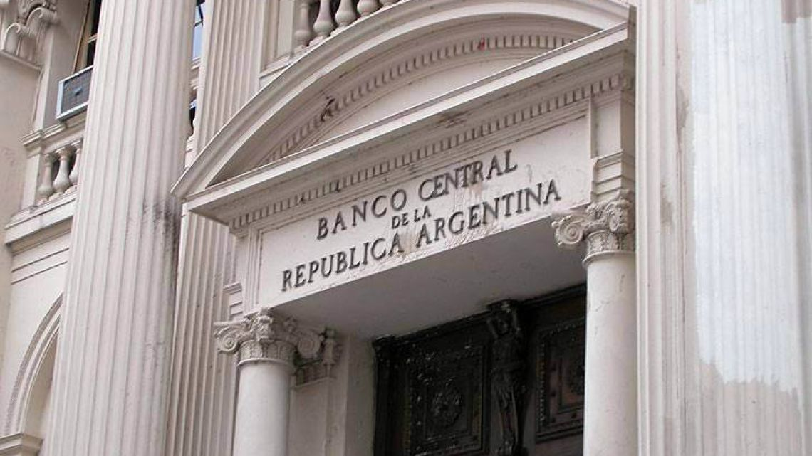 International Monetary Fund vows support for Argentina after return to controls