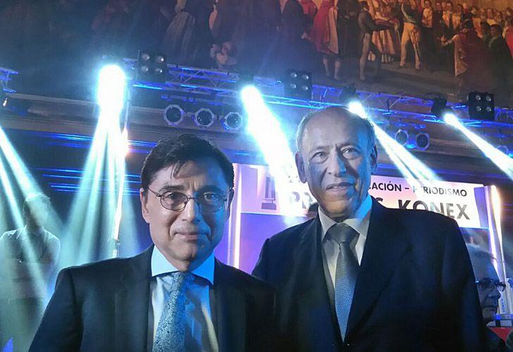 Jorge Fontevecchia, CEO de Perfil Network, junto al presidente de la Fundación Konex, Luis Ovsejevich.
