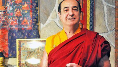 Se llama Horacio Araujo, pero su nombre como líder budista es Sangye Dorye. Y trajo a Buenos Aires al mayor experto mundial en mandalas.