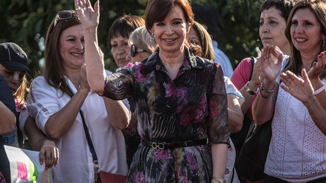 Senator-elect Cristina Fernández de Kirchner spoke at a rally in Tucumán on Sunday November 20, 2017, where she acussed the Macri administration of harming workers' rights.