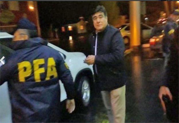 """El """"Chino"""" al ser detenido por la PFA en Río Gallegos."""