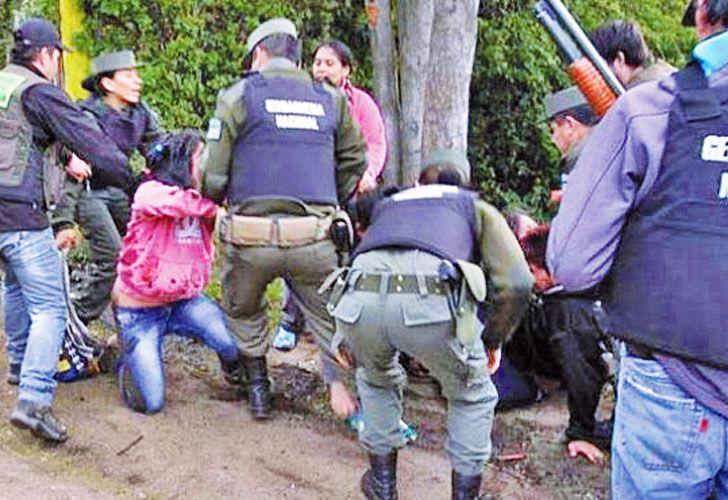 1216_gendarmes_mapuches_cedoc_g.jpg