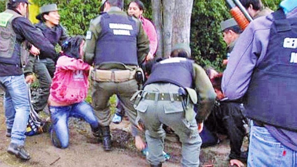 Choques. Gendarmes y mapuches. No hay que apañar a las fuerzas de seguridad.