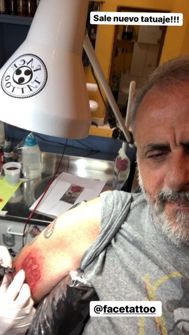 Jorge Rial tatuaje (2)