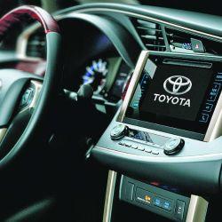 Toyota Innova (3)