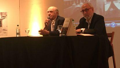 El ex presidente uruguayo presentó un libro junto al filósofo argentino.
