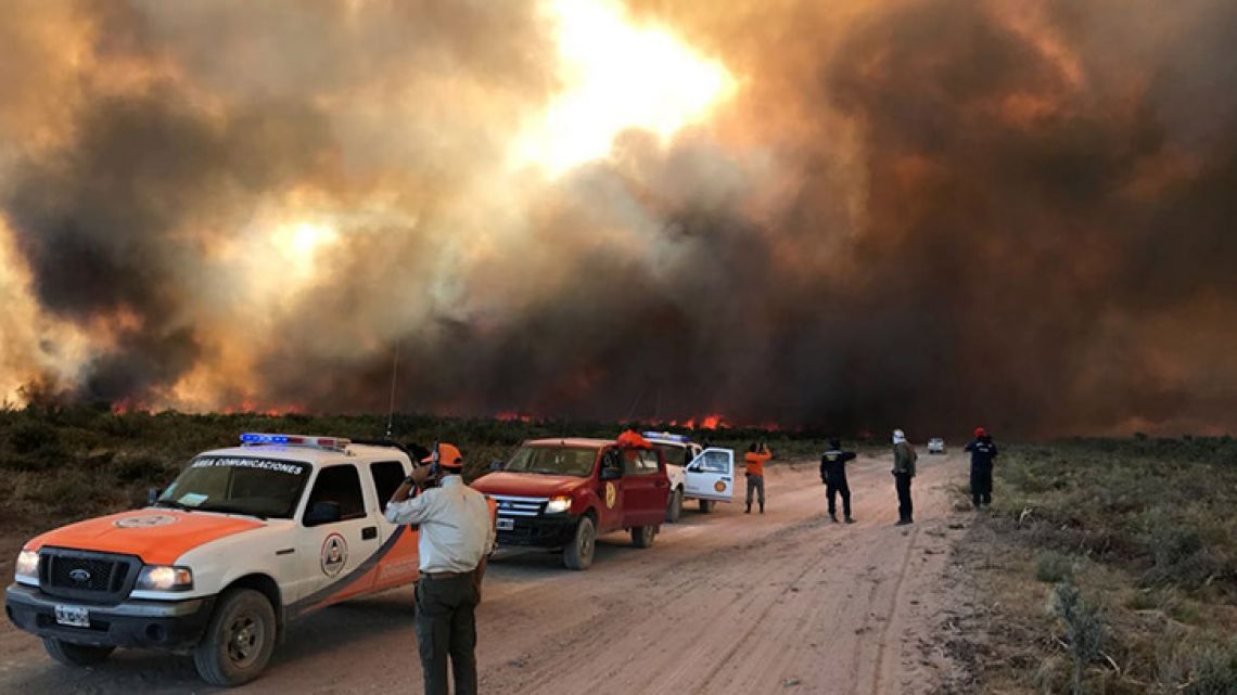 Over 21,000 hectares of land in Rio Negro province was on fire this week. Authorities claim the situation is now under control.
