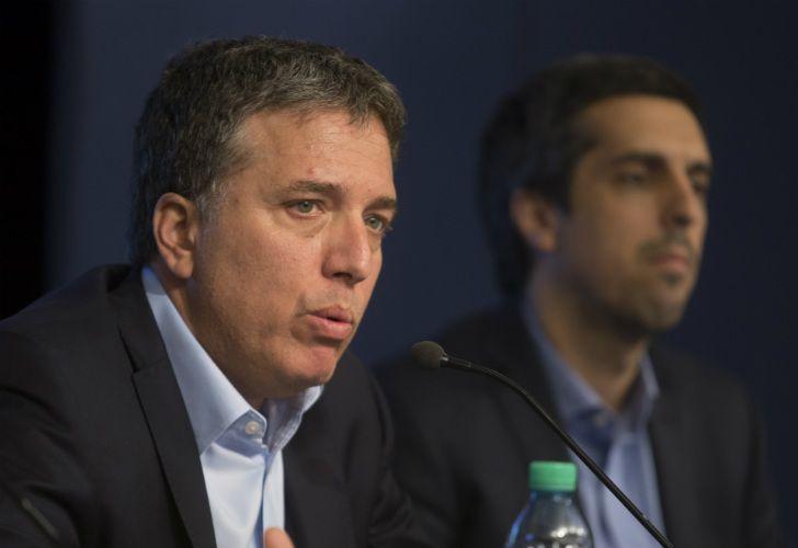 Nicolas Dujovne en conferencia de prensa