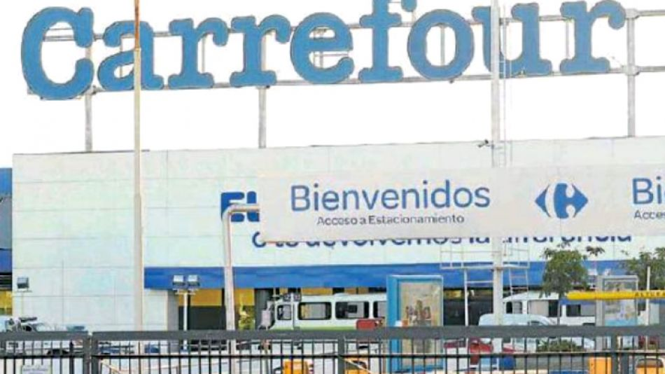 CAMBIOS. Nueva dirección y estrategia global para la cadena de supermercados franceses.