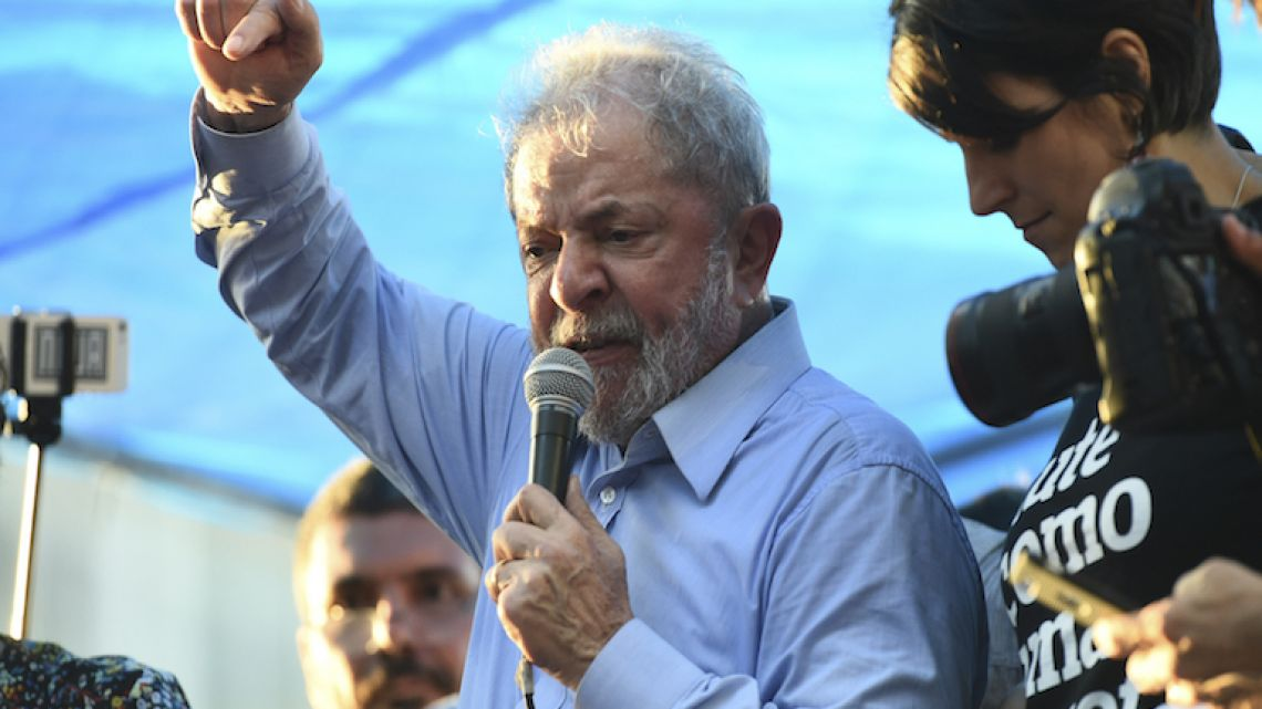 Former Brazilian President Luiz Inácio Lula da Silva speaks yesterday during a demonstration in his support in Porto Alegre, Brazil.