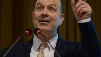 Varios ex presidentes del Banco Central opinan sobre las políticas de Sturzenegger