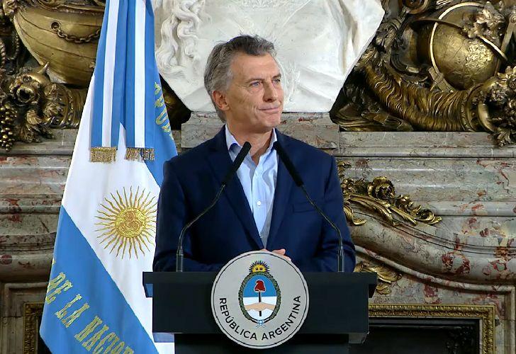 Mauricio Macri en conferencia de prensa tras su viaje por Europa.