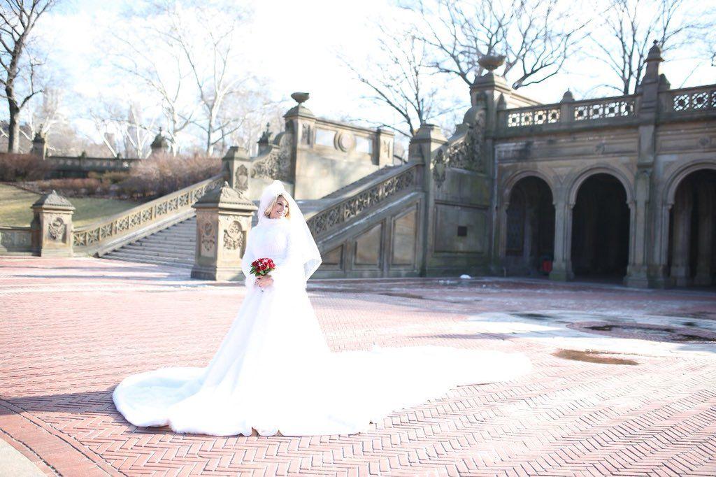 64118b4735 ... Vicky Xipolitakis vestido novia (6) ...