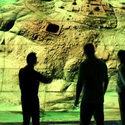 Expertos - National Geographic Tesoros Perdidos de los Mayas