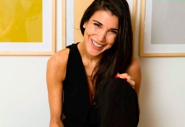 Andrea Rincón afuera de su obra por ¿mala conducta?