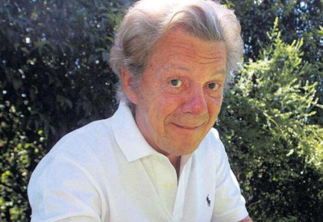 Internado con mínimos signos vitales — Emilio Disi