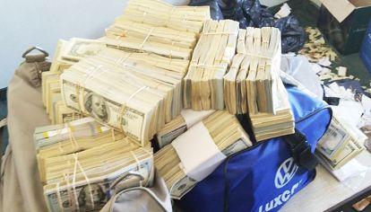 Medio millón. En uno de los allanamientos se encontró hasta esa cantidad de dólares en efectivo.