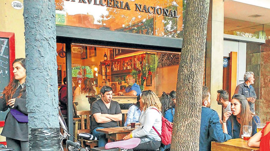 Cerveceria Nacional opened five years ago, before expanding to a second location in late 2016 (Arevalo 1588, Nicaragua 6080).