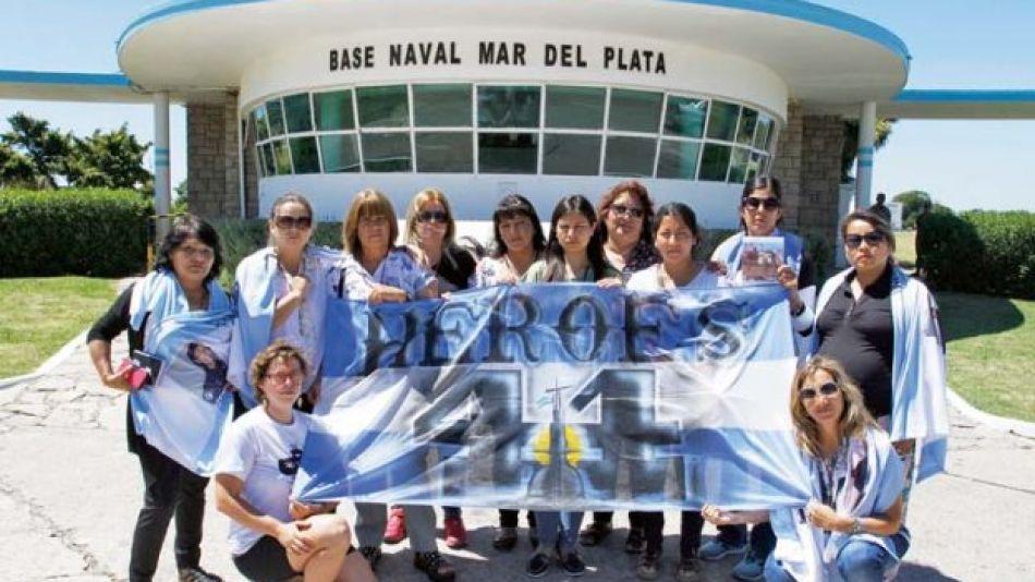 Familiares del ARA San Juan sostienen que el Gobierno y la Armada ocultan algo