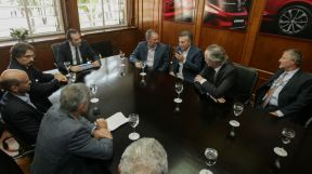 Macri visitó la planta de Fiat en Ferreyra