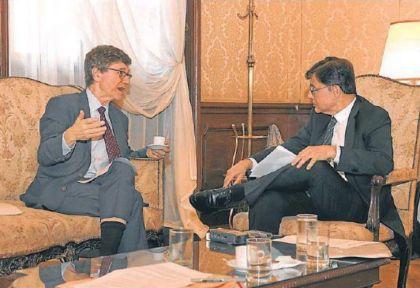 Jeffrey Sachs entrevistado por Jorge Fontevecchia,