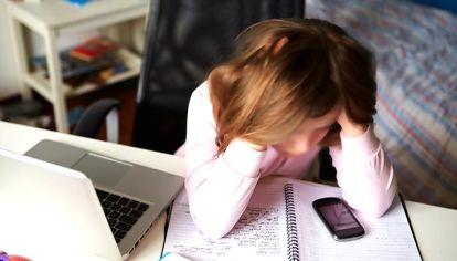 Casos de abuso y acoso de menores a traves de redes sociales.
