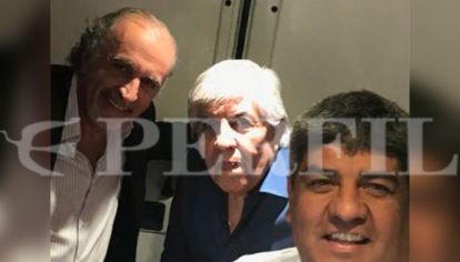Hugo y Pablo Moyano junto a Daniel Llermanos